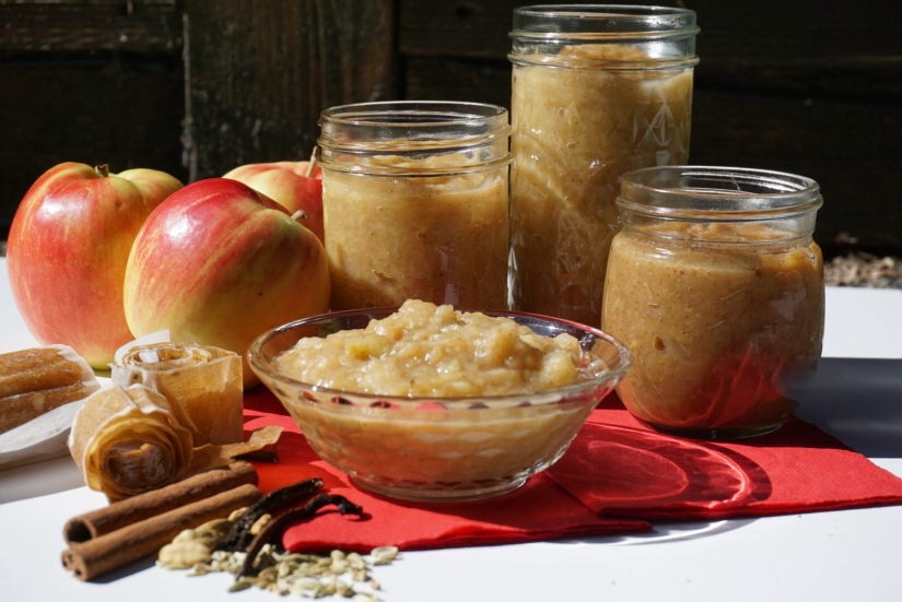 Chai Applesauce, Apple Butter & Apple Leather